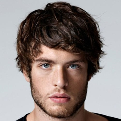 Beautiful Short Layered Haircuts For Guys. Layers For Medium Hair