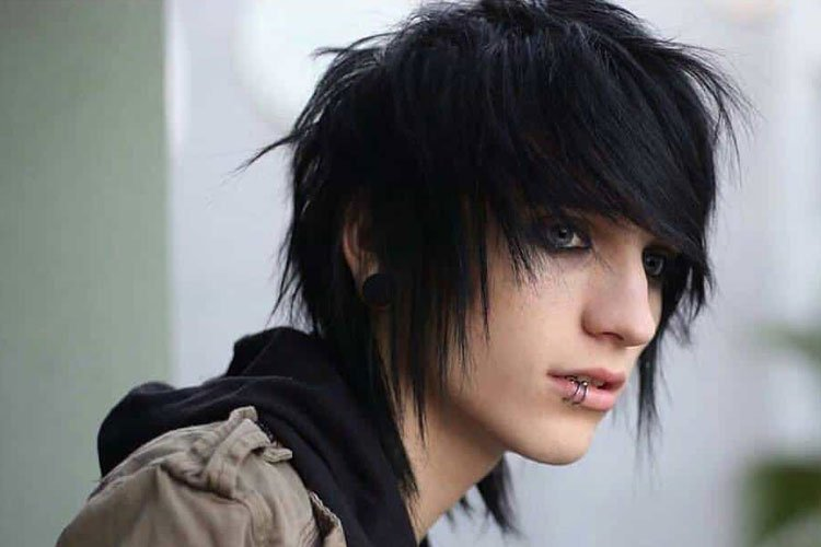 35 Cool Emo Hairstyles For Guys (2019 Guide)