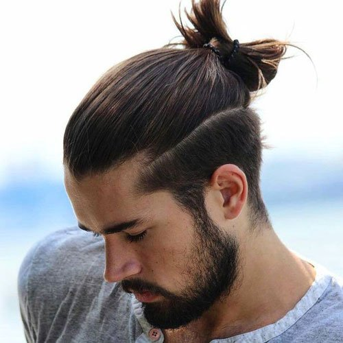 the man ponytail ponytail styles for men. Black Bedroom Furniture Sets. Home Design Ideas