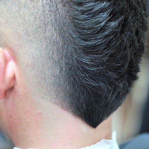 V-Shaped Haircut For Men's Necklines