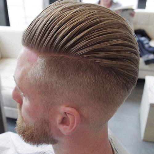 Disconnected Undercut Comb Over