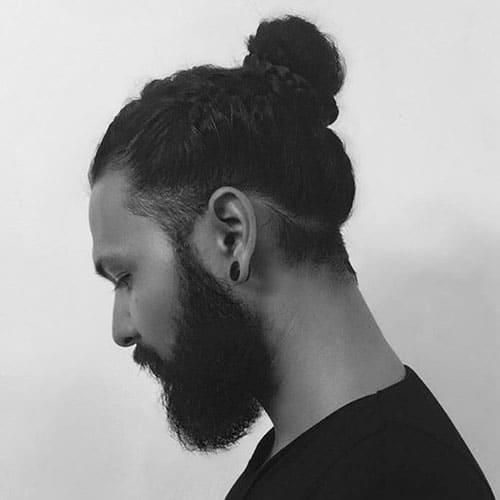 19 man bun styles men 39 s hairstyles haircuts 2017. Black Bedroom Furniture Sets. Home Design Ideas