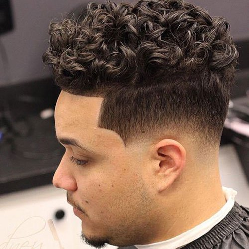 Men\'s Haircuts For Curly Hair