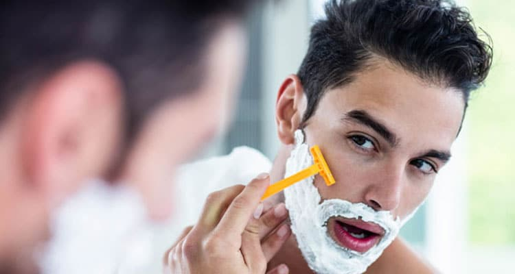 9 Best Razors For Men To Get A Smooth Close Shave 2019