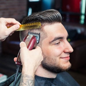 Best Hair Clippers For Men – Professional and Home Use 2018