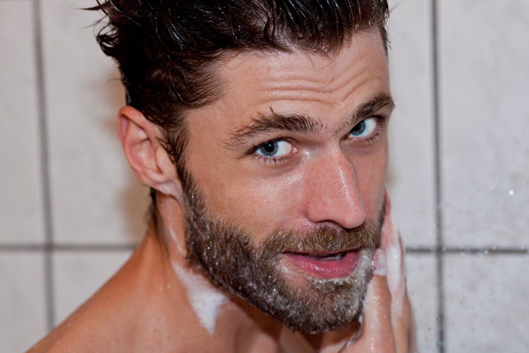 Clean Your Beard Regularly To Reduce Beard Itch