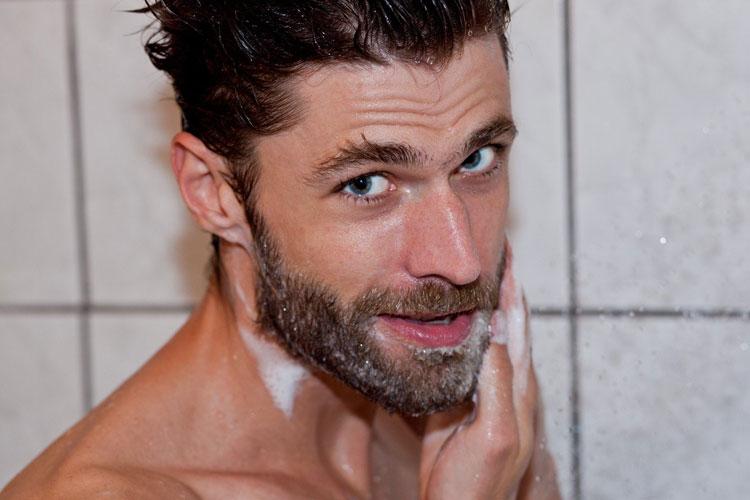 How To Stop Beard Dandruff