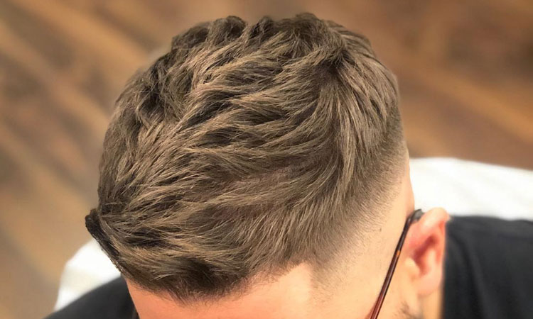 Apply Men's Hair Styling Pomade For Textured Hairstyles