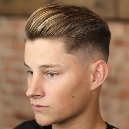 Medium Textured Hair - Mid Taper Fade + Short Textured Comb Over
