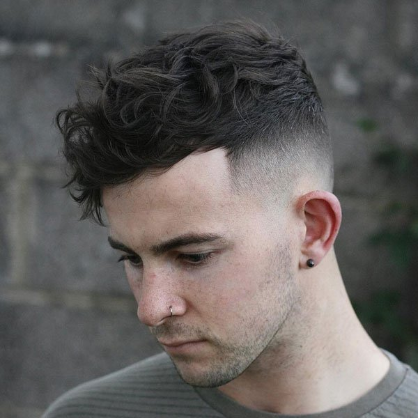 Cool Hairstyle For Men with Wavy Hair