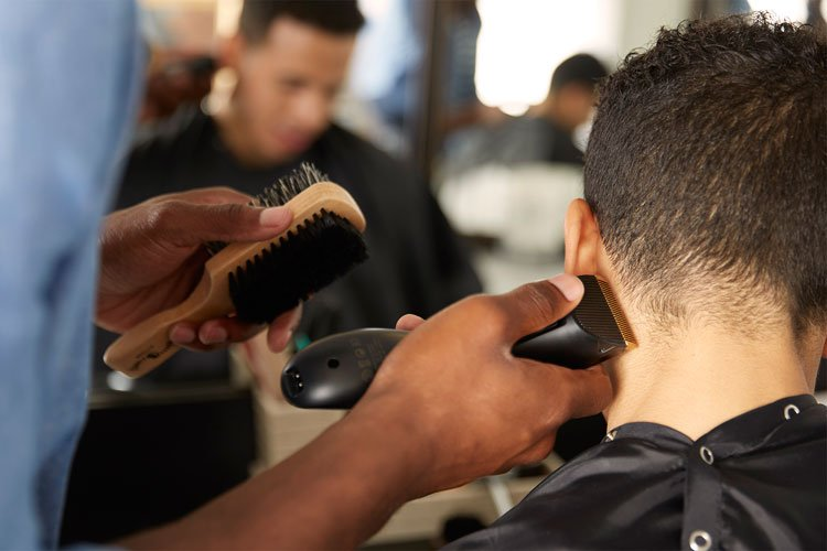 9 Best Places To Get Cheap Haircuts Near Me (2020 Guide)
