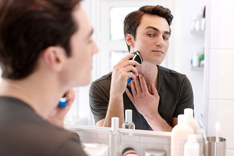 Best Electric Razors For Teenagers