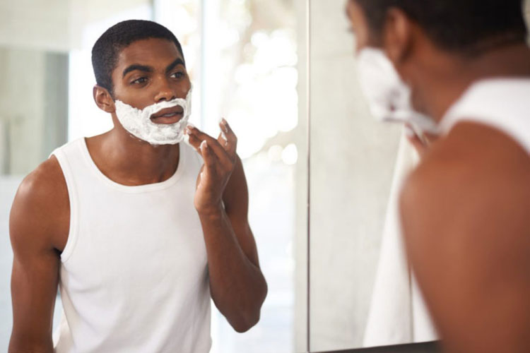 Best Electric Shavers For Men with Sensitive Skin