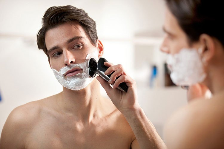 Difference Between Electric Shavers